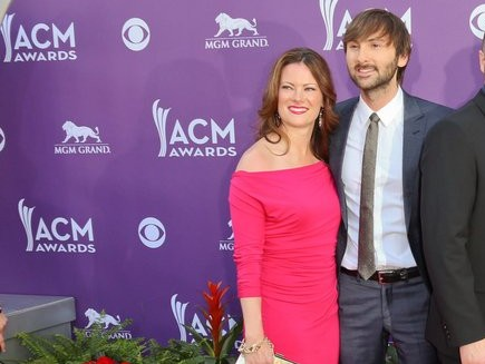 Cupid's Pulse Article: Lady Antebellum Singer Dave Haywood Is Engaged