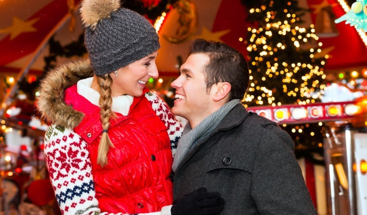 Couple spending the holidays together. Photo: Kzenon / Bigstock.com