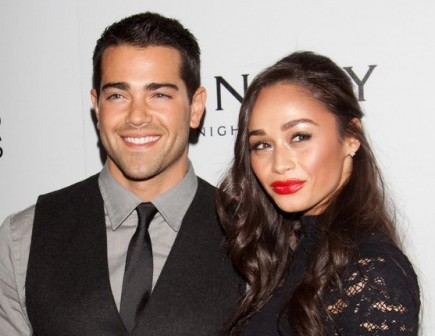 Cupid's Pulse Article: 'Desperate Housewives' Actor Jesse Metcalfe Is Engaged to Cara Santana