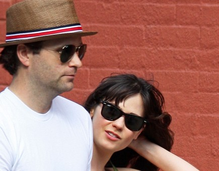 Cupid's Pulse Article: 'New Girl' Star Zooey Deschanel Files for Divorce From Ben Gibbard