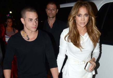Casper Smart and Jennifer Lopez. Photo: FAMEFLYNET PICTURES