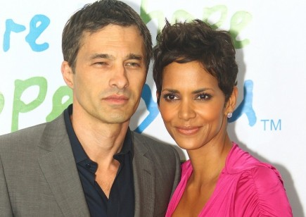Olivier Martinez and Halle Berry. Photo: Kevin Terrell / PR Photos