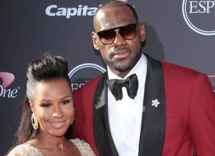 Cupid's Pulse Article: LeBron James Is Engaged to Longtime Girlfriend Savannah Brinson