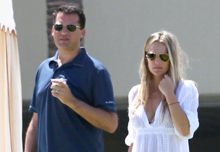 Cupid's Pulse Article: Molly Sims Celebrates Pregnancy at Baby Shower