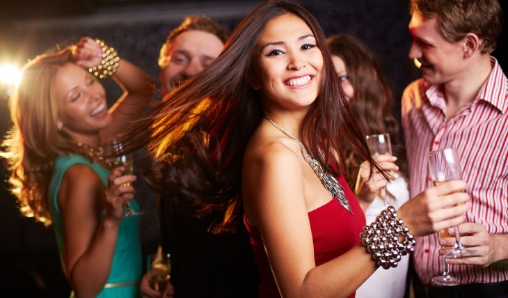 Cupid's Pulse Article: Dating Advice:  Don't Be Afraid to Sparkle During the Holidays—Even If You are Single