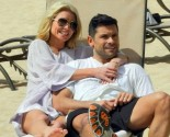 Celebrity Couple Kelly Ripa & Mark Consuelos Celebrate 21st Wedding Anniversary