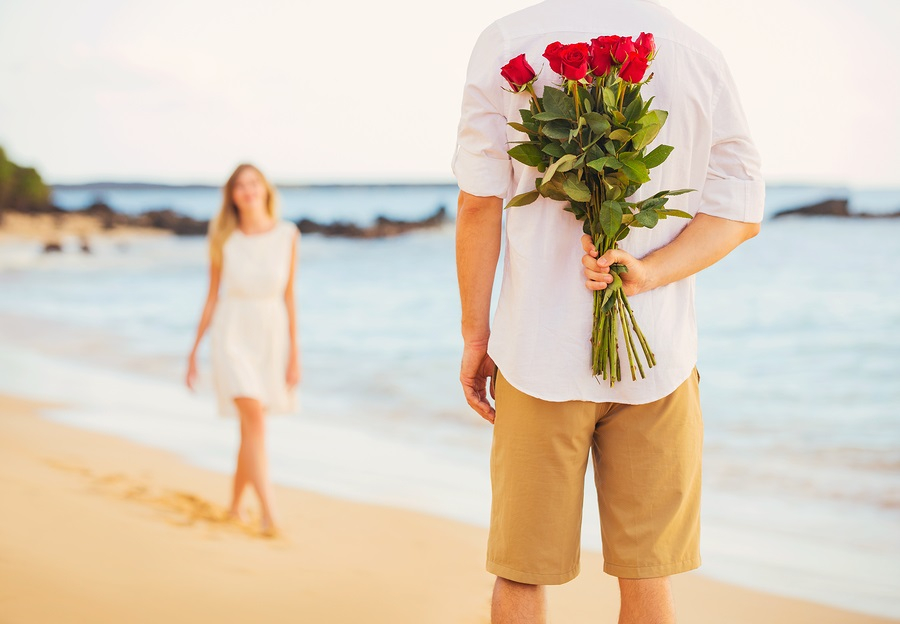 Cupid's Pulse Article: Valentine's Day Advice: 5 Love Languages Defined
