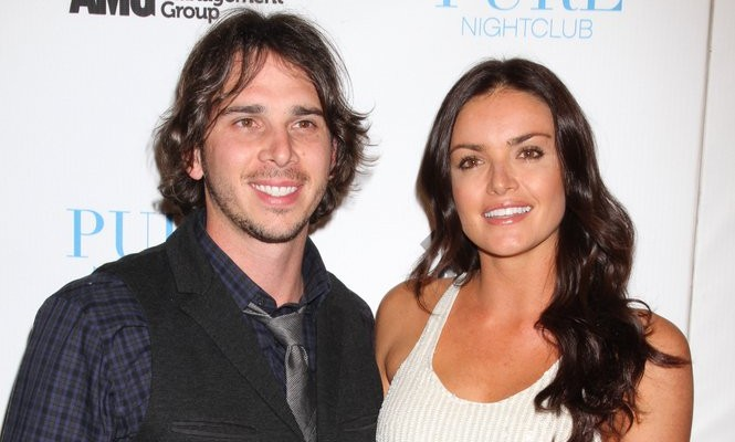Cupid's Pulse Article: Courtney Stages a Fake Wedding for Ben Flajnik on 'The Bachelor'