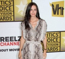Courteney Cox Steps Out with a Mystery Man
