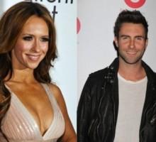 Is Jennifer Love Hewitt Going After Newly Single Adam Levine?