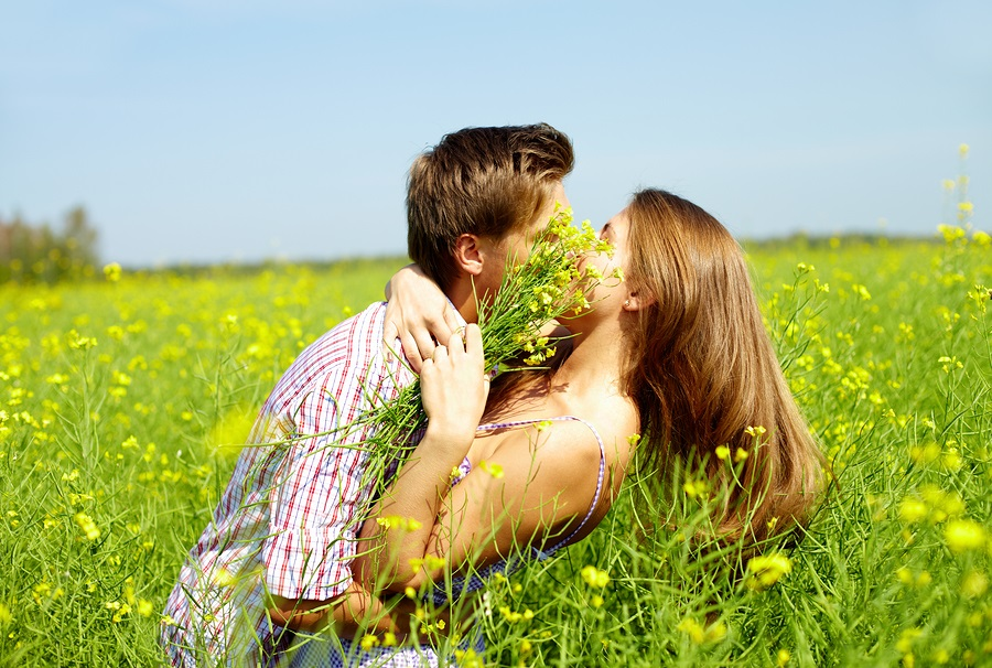 Finding the one. Photo: pressmaster / Bigstock.com