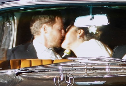 Cupid's Pulse Article: Newly Married Drew Barrymore Passionately Kisses New Husband