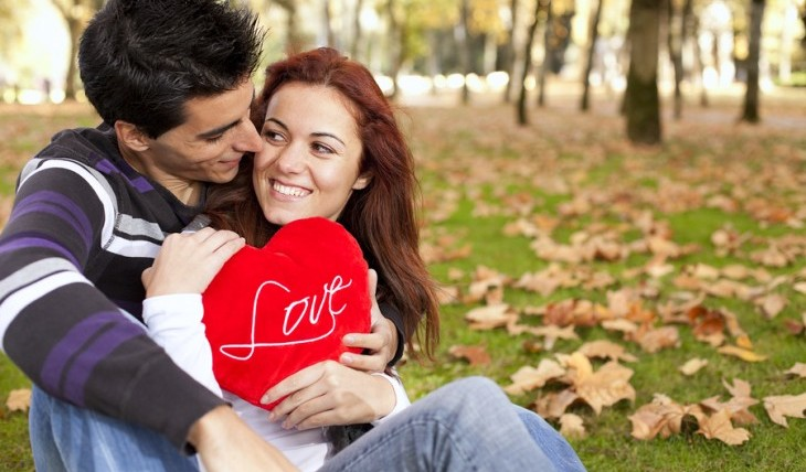 Cupid's Pulse Article: Dating Advice: 4 Signs He's About to Say 'I Love You'