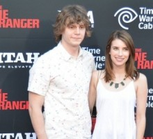 Rumor: Is Emma Roberts Dating 'American Horror Story' Actor Evan Peters?