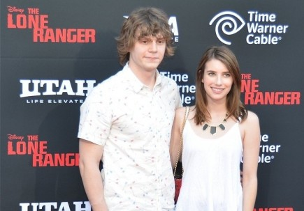 Cupid's Pulse Article: Rumor: Is Emma Roberts Dating 'American Horror Story' Actor Evan Peters?