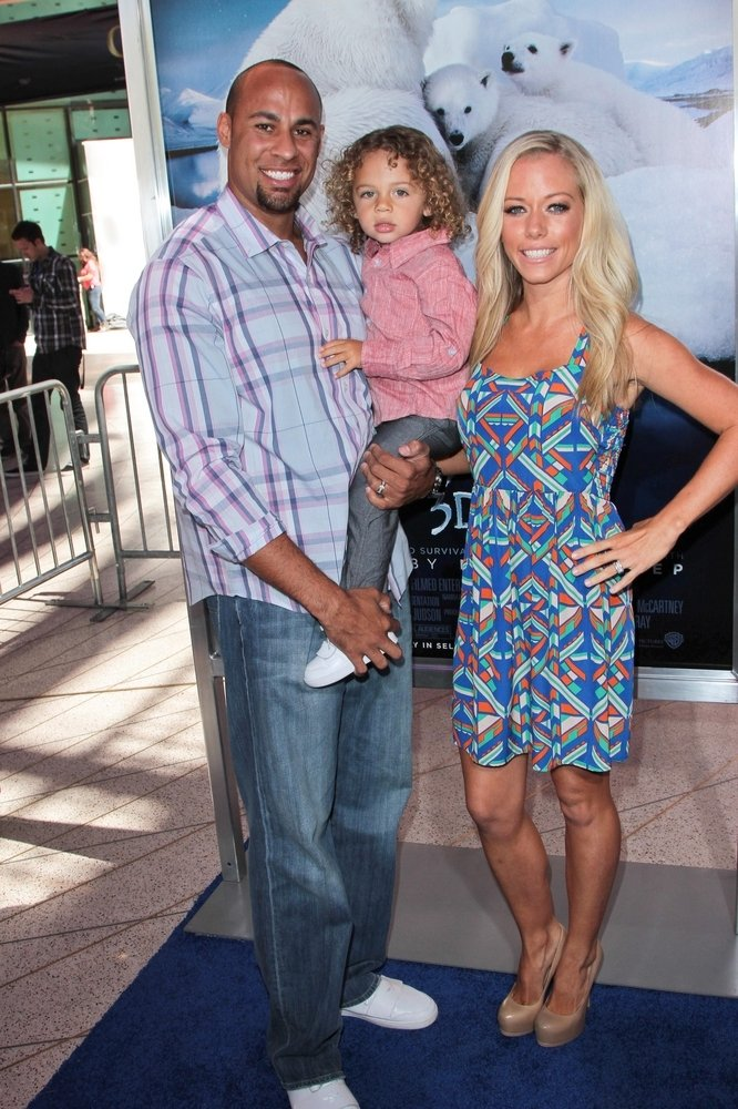 Cupid's Pulse Article: Exclusive Interview: Kendra Wilkinson on 'Playboy' Past, Motherhood and Baby No. 2