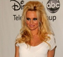 Pamela Anderson Swears Off Men During 'Dancing With The Stars'