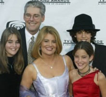 'Facts of Life' Star Lisa Whelchel Gets a Divorce