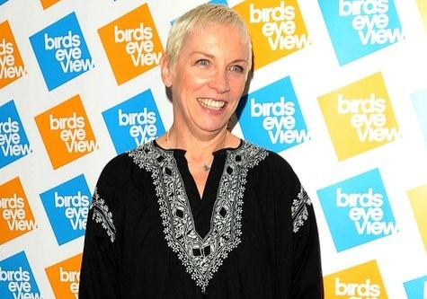 Cupid's Pulse Article: Annie Lennox Ties the Knot for the Third Time
