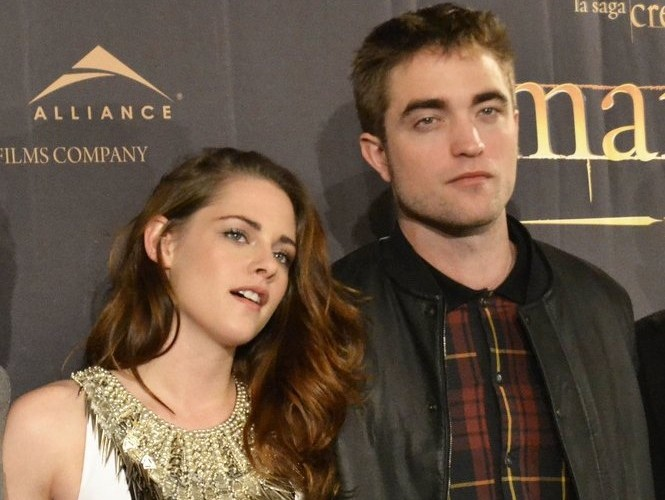 Kristen Stewart and Robert Pattinson. Photo: Solarpix / PR Photos