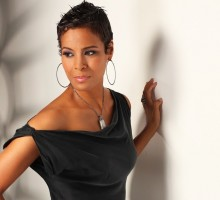 "'Hollywood Exes' Daphne Wayans on Divorce: ""We're Still A Family"""