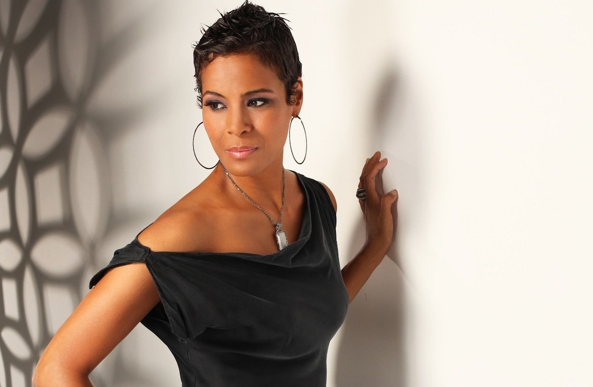"Cupid's Pulse Article: 'Hollywood Exes' Daphne Wayans on Divorce: ""We're Still A Family"""
