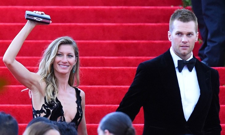 Cupid's Pulse Article: Celebrity News: Gisele Bundchen Consoles Husband Tom Brady After 2018 Super Bowl Loss