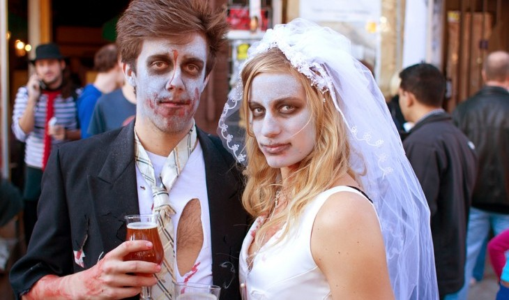 Cupid's Pulse Article: 10 Spooky Ideas to Strengthen Your Relationship and Love Life