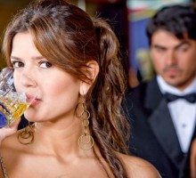 How to Redeem Yourself If You Get Drunk On a First Date