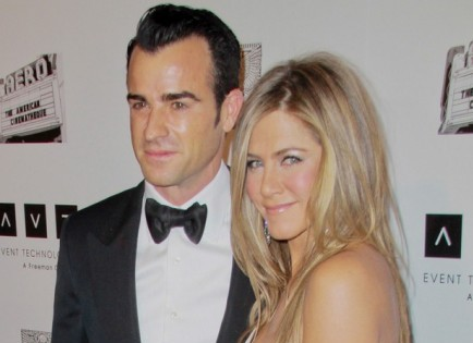 Cupid's Pulse Article: Justin Theroux Says He's the 'Luckiest Guy in the World!'