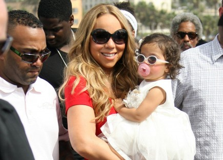 Cupid's Pulse Article: Mariah Carey and Nick Cannon Spend a Family Day with Their Twins