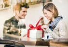 celebrity couples, present, gift, holiday