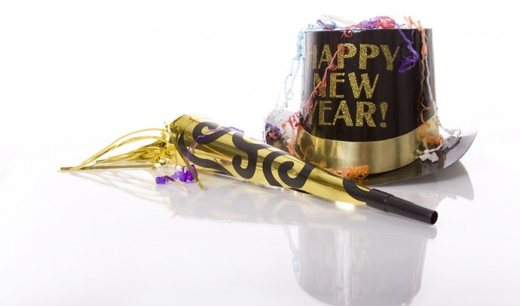 Cupid's Pulse Article: A First Date on New Year's Eve: Should You?