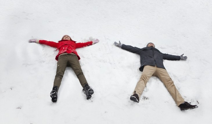 Cupid's Pulse Article: Date Ideas: Have a Snow Day With Your Man