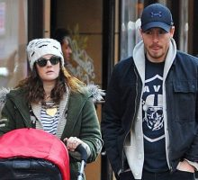 Drew Barrymore Steps Out with Will Kopelman and Their Daughter Olive
