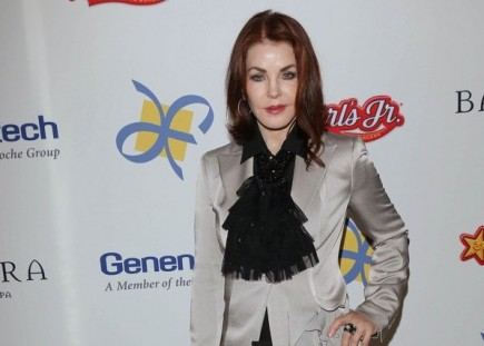 Cupid's Pulse Article: Is Priscilla Presley Waving The Flag For Older Women With An Age Defying Relationship?