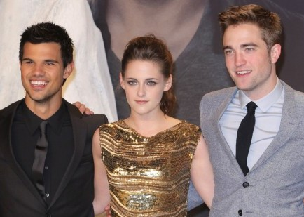 Taylor Lautner, Kristen Stewart and Robert Pattinson. Photo: Away! / PR Photos