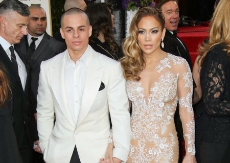 Matching Couples on the Red Carpet: Casper Smart and Jennifer Lopez