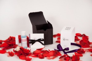 Cupid's Pulse Article: Giveaway:Take Your Relationship Out of the Box with Déjàmor