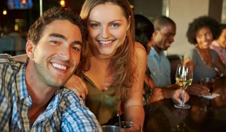 Cupid's Pulse Article: Date Idea: Go On A Pub Crawl