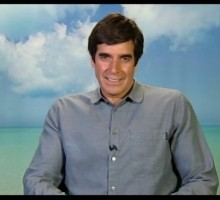 Illusionist David Copperfield Keeps His Relationship Magical By Relaxing in The Bahamas!