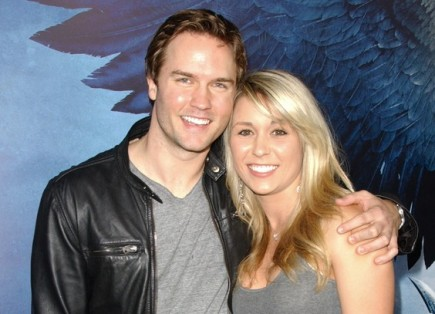 Scott Porter and Kelsey Mayfield. Photo: Albert L. Ortega / PR Photos