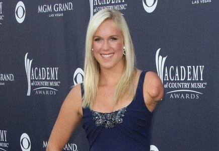 Cupid's Pulse Article: Pro Surfer Bethany Hamilton Marries Adam Dirks