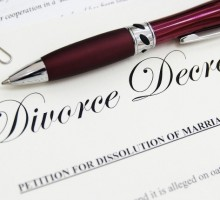 Expert Love Advice: Handling Debt & Credit Scores Post-Divorce