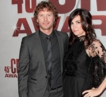 Dierks Bentley and Wife Announce They're Expecting a Son