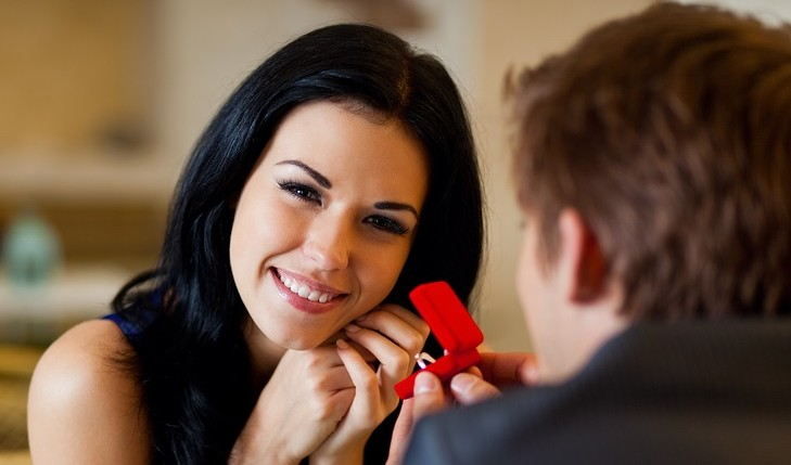 What to discuss before marriage. Photo: mast3r / Bigstock.com