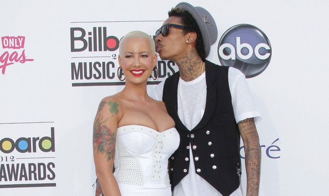 Cupid's Pulse Article: Wiz Khalifa and Amber Rose Tie the Knot