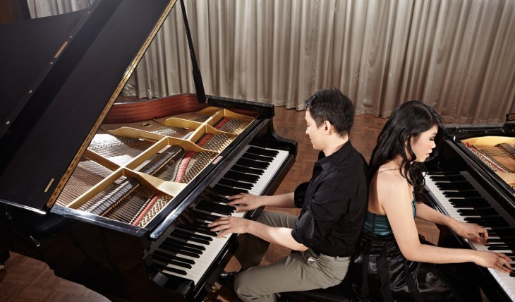 Cupid's Pulse Article: Singles Event: Night of Dueling Pianos