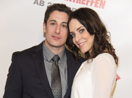 Jason Biggs and Jenny Mollen. Photo: API/FameFlynet Pictures