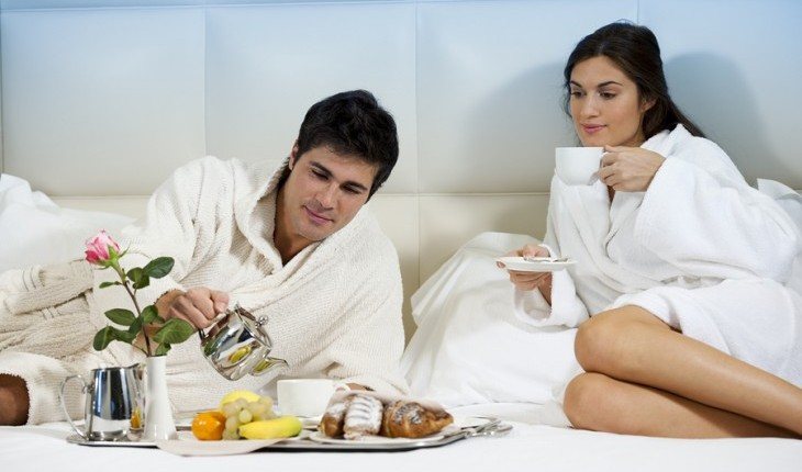 Cupid's Pulse Article: Celebrity Chef Recipes for The Perfect Breakfast In Bed